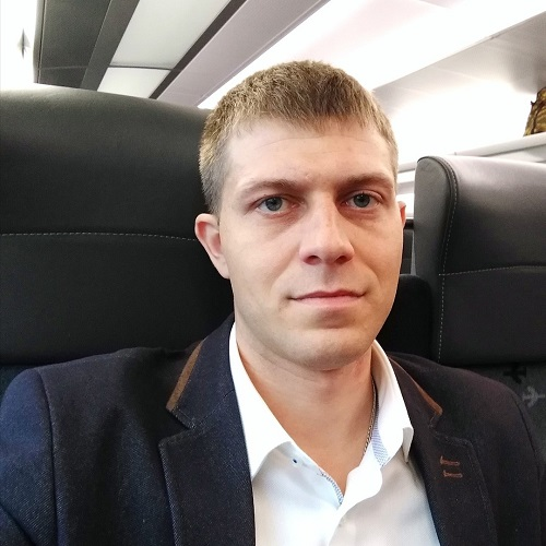 Александр Кнутарев